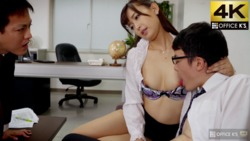 """""""I'm a virgin ... should I take it away?"""" I'm a small-minded person, and I'm tempted to erotic in the office! !! Lucky sex without courage! ?? That girl who always works with me was a ridiculous slut in AV ..."""